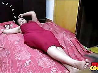 Desi Bhabhi Sonia Lying In Amaze Shilly-shallying Be worthwhile for Their way Husband To Get Fucked