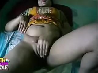 south indian bhabhi in tamil sex dusting