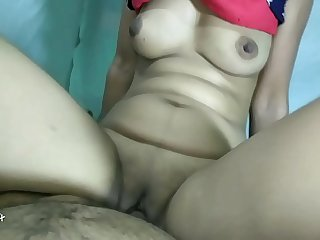 Indian Desi bhabi ko aggregate room me Choda Indian Desi video