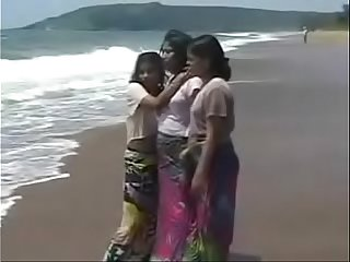 Indian Babe sex regarding tourist