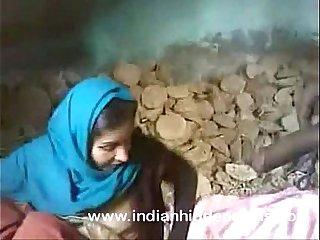 indian prepare oneself sex fucking at construction site in mumbai