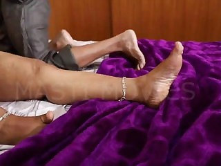 Mature indian aunty hot sex garbage part2
